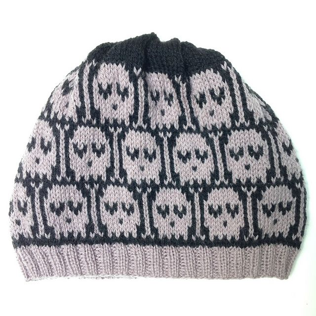Ravelry: Heart-Eyed Skulls Hat pattern by Siouxsie Stitches ...