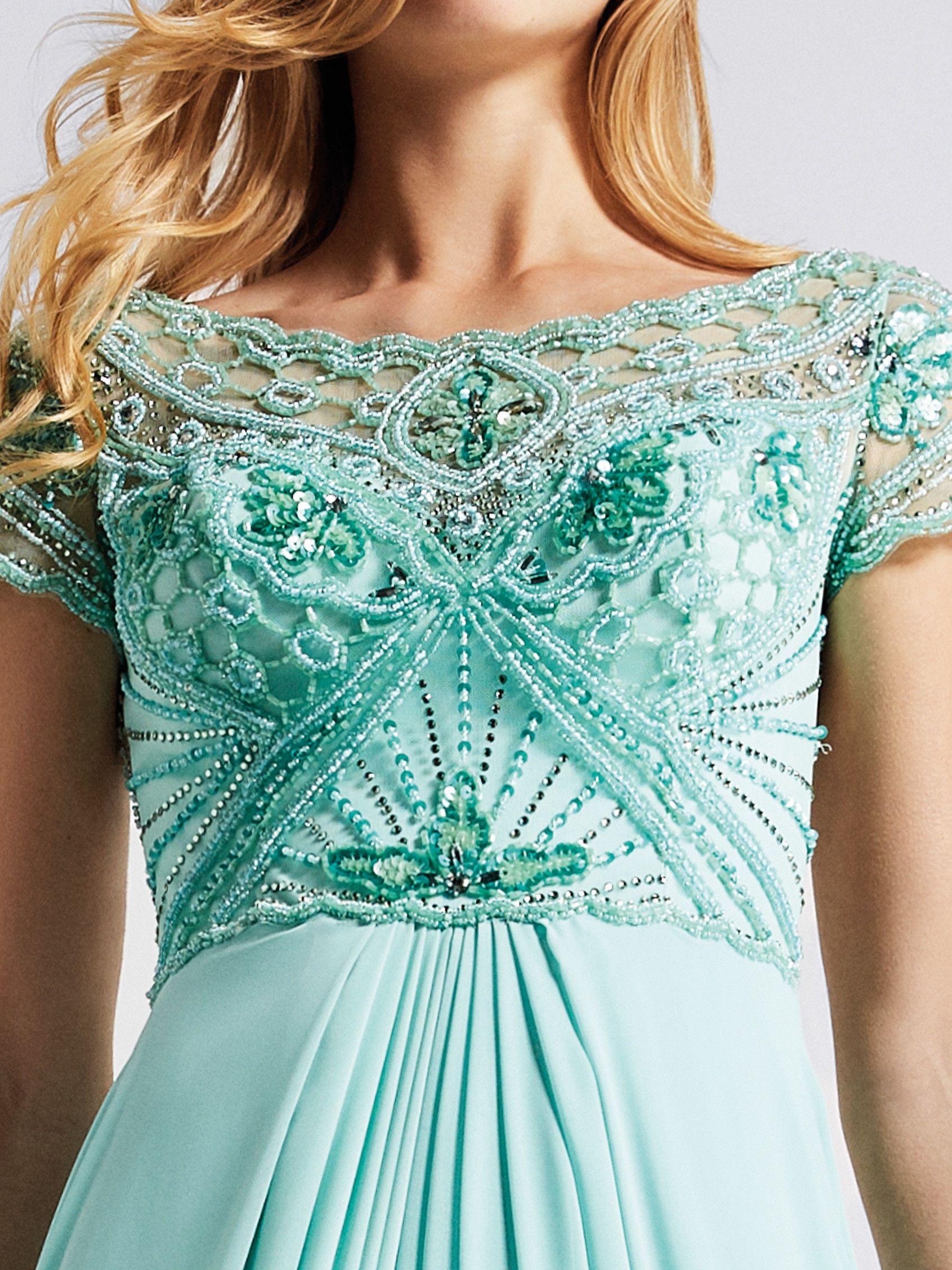 Vestido de invitada verde agua - Colección fiesta 2018 Pronovias ...