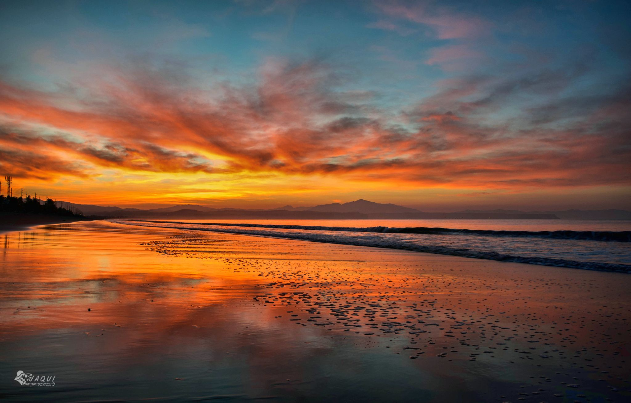 Photograph Amanecer en Playa Cocalito by Johnny  Aguilar on 500px