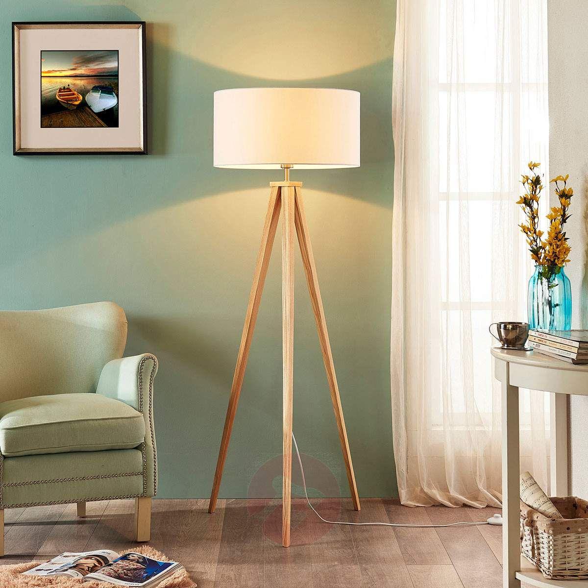 Stehlampe Mya Gestell Dreibeinig Holz Schirm Weiß Stoff Lampenwelt Stehleuchte