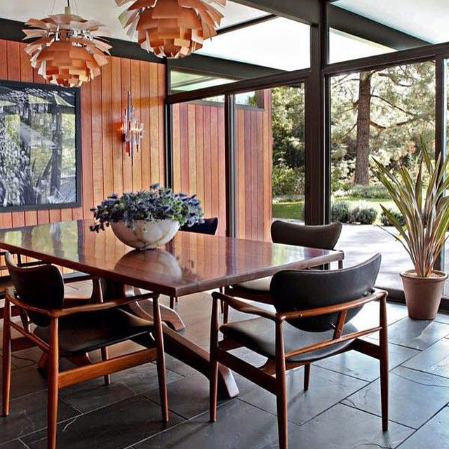 Retro Home, LA, Califórnia. Projeto do escritório Osborn Architects. #interiores #arquiteturaeinteriores #arte #artes #arts #art #artlover #design #interiordesign #architecturelover #instagood #instacool #instadaily #furnituredesign #design #projetocompartilhar #davidguerra #arquiteturadavidguerra #shareproject #dinigroom #diningroomdesign #osbornarchitects