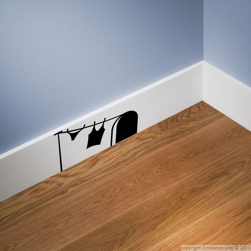 sticker trou de souris et blanchisserie femme comique. Black Bedroom Furniture Sets. Home Design Ideas