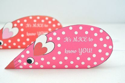 valentines day candy mice, crafts, seasonal holiday decor, valentines day ideas