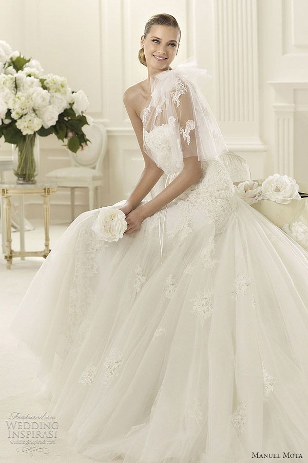 Manuel Mota 2013 Wedding Dresses | Wedding Inspirasi
