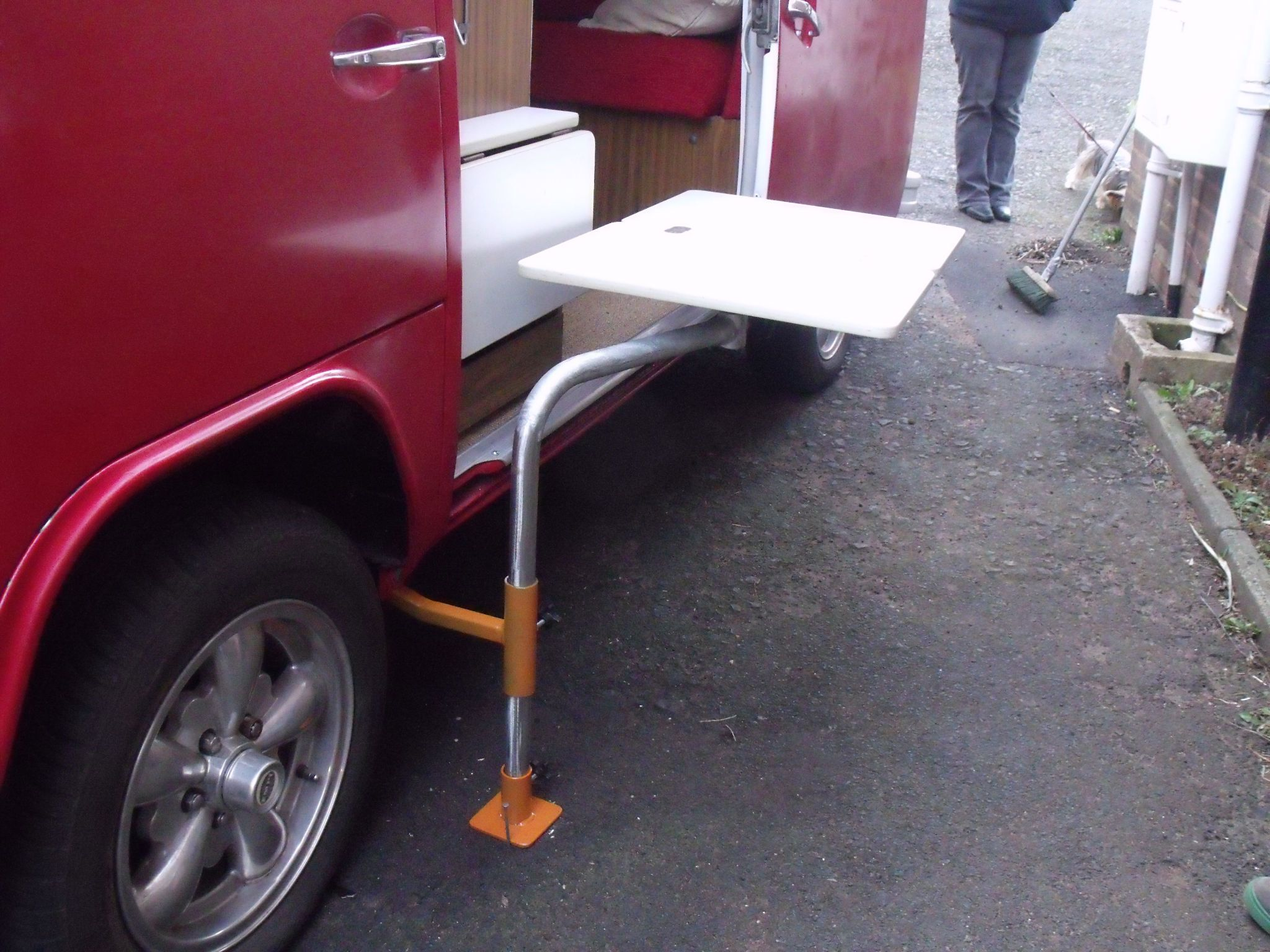 Love It Great Idea For A Vw Camper Van Table That Attaches To