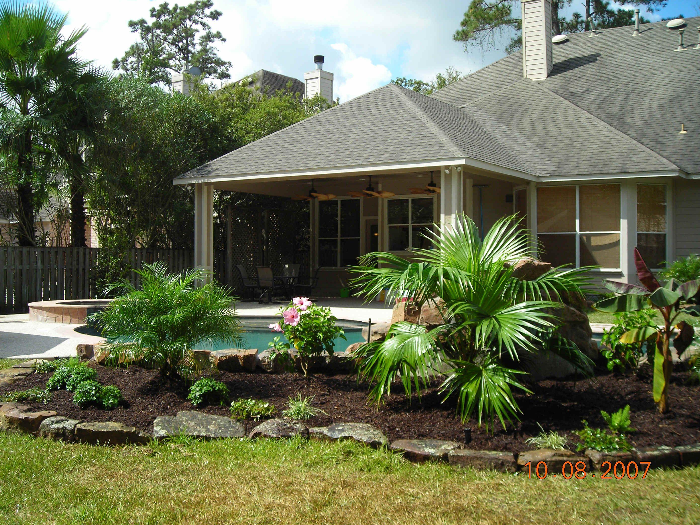 Plants around pool area pool decks and stuff pinterest for Plants for pool area