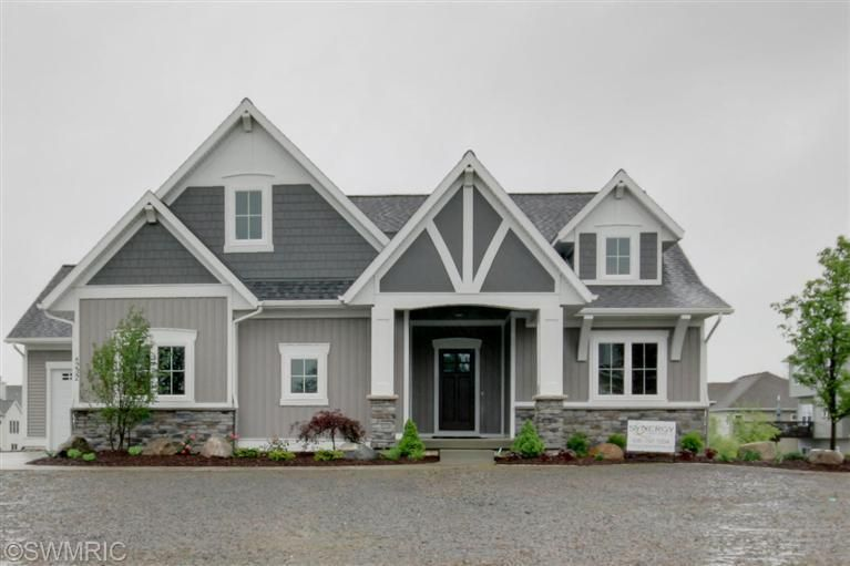 Two Tone Siding Architectural Details Dream House Exterior
