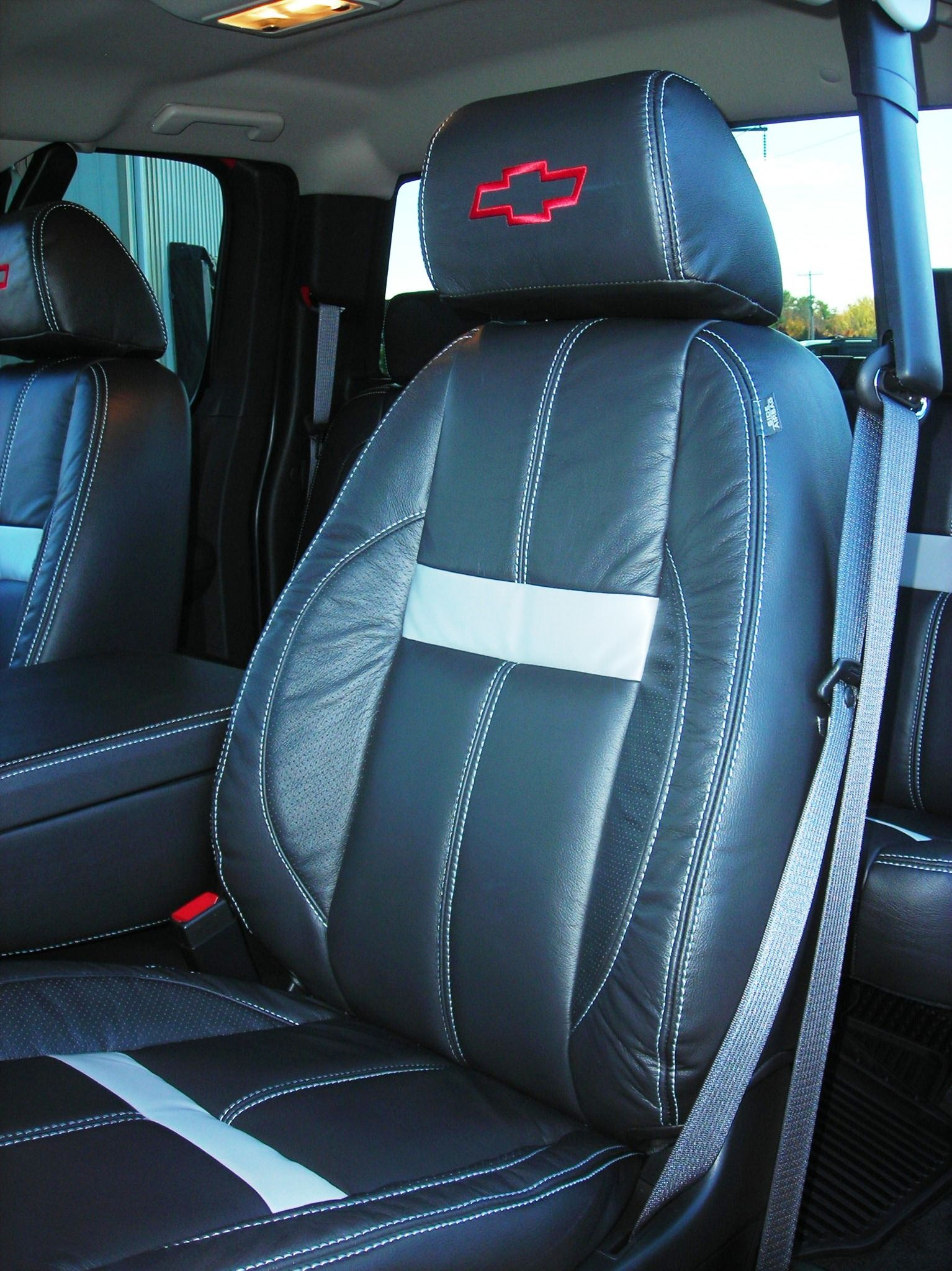 Custom Automotive Leather Interior With Silver Accents Chevy Ipad Mini Dash 2003 Silverado Package Clean Seats