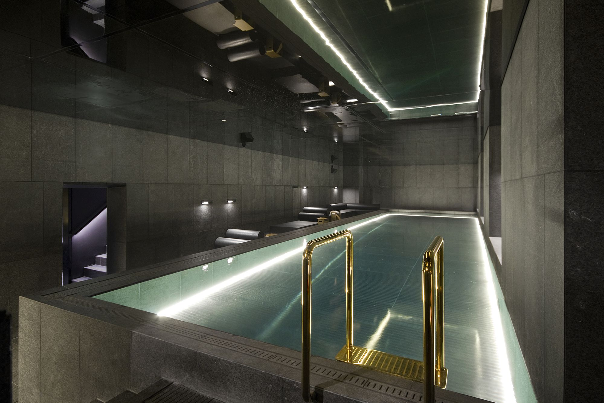 W Away Spa Amsterdam Swimming Pool Designed By Bk Architects