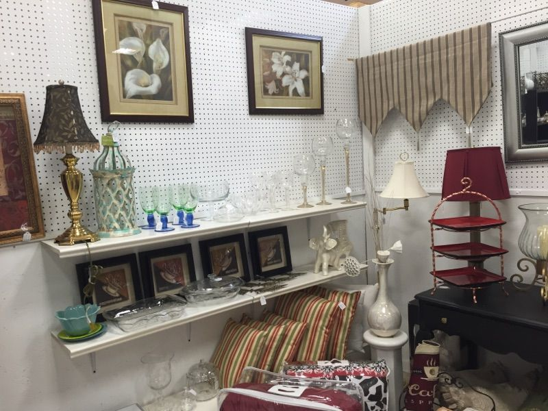 Happy days store 907 the outer loop peddlers mall n louisville ky stop on by we have your home decor covered