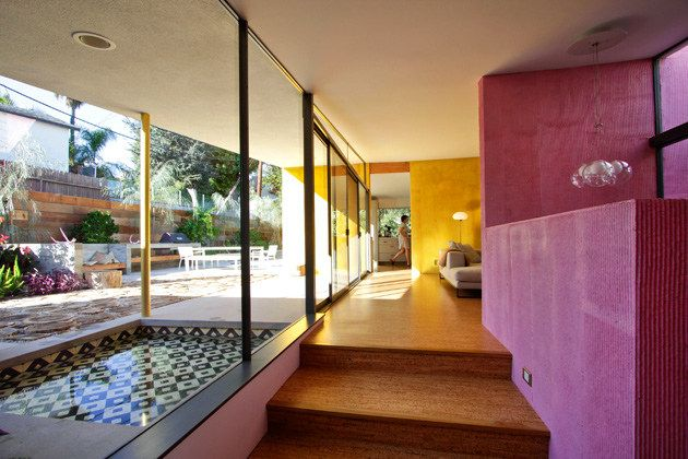 California Midcentury meets Latin American modern | Stucco walls ...