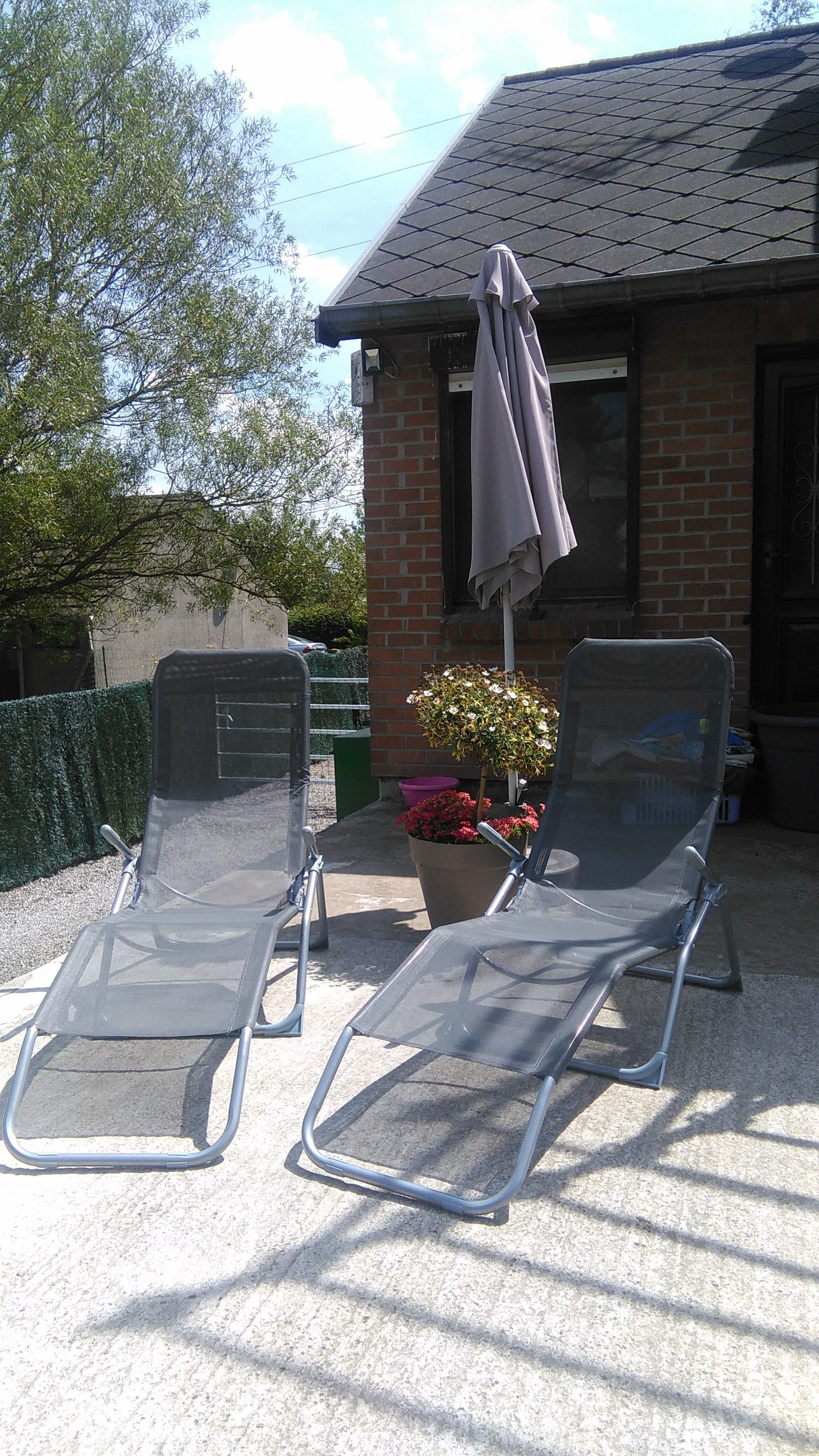 Levito : Lot de 2 bains de soleil pliables en textilène, 2 positions ...