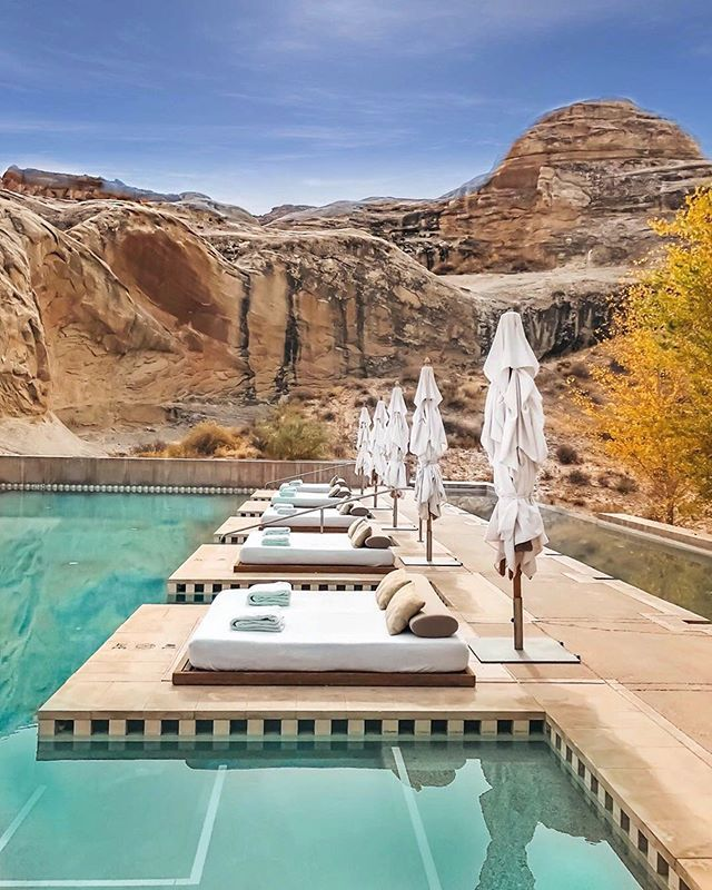 Located on 600 protected acres, this property will surprise you around every corner! . Escapé to Canton Point, Utah with us / Link to resort in profile or search ID: 10082 on designfinderescapes.com . 📸@followthenap . #usa #usatravel #ca