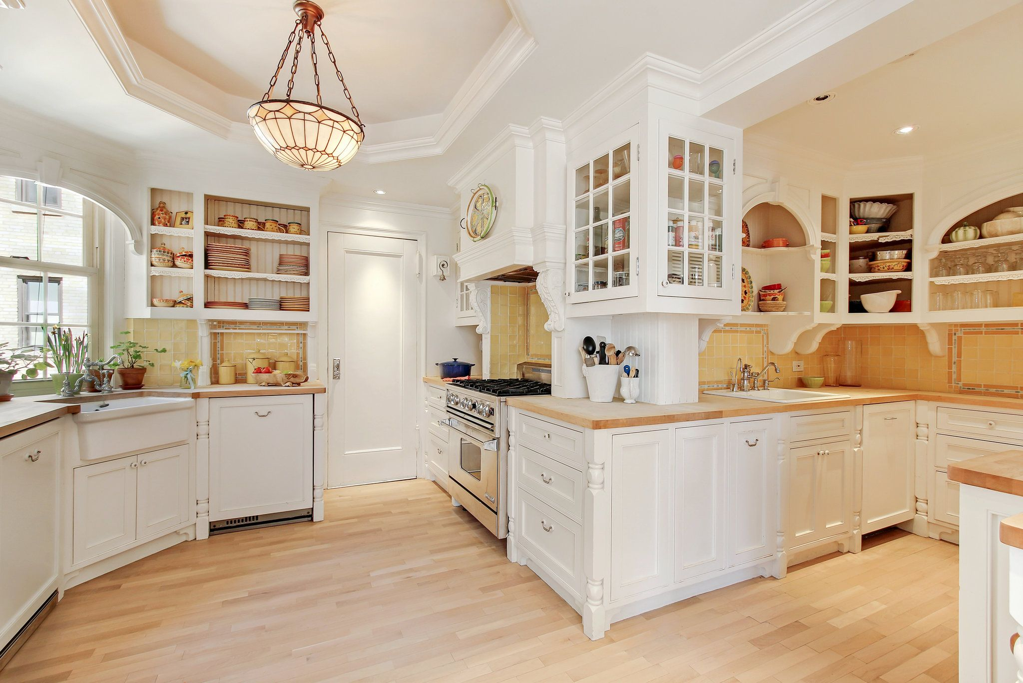 Barbara Corcoran, a reality TV star and real estate consultant, recently sold her home at 1192 Park Avenue.