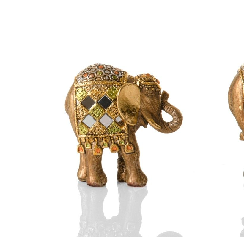 Pequeña figura de elefante decorativa en resina