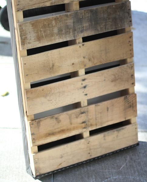 Recycled pallet vertical garden | Pearltrees | Pallets ...