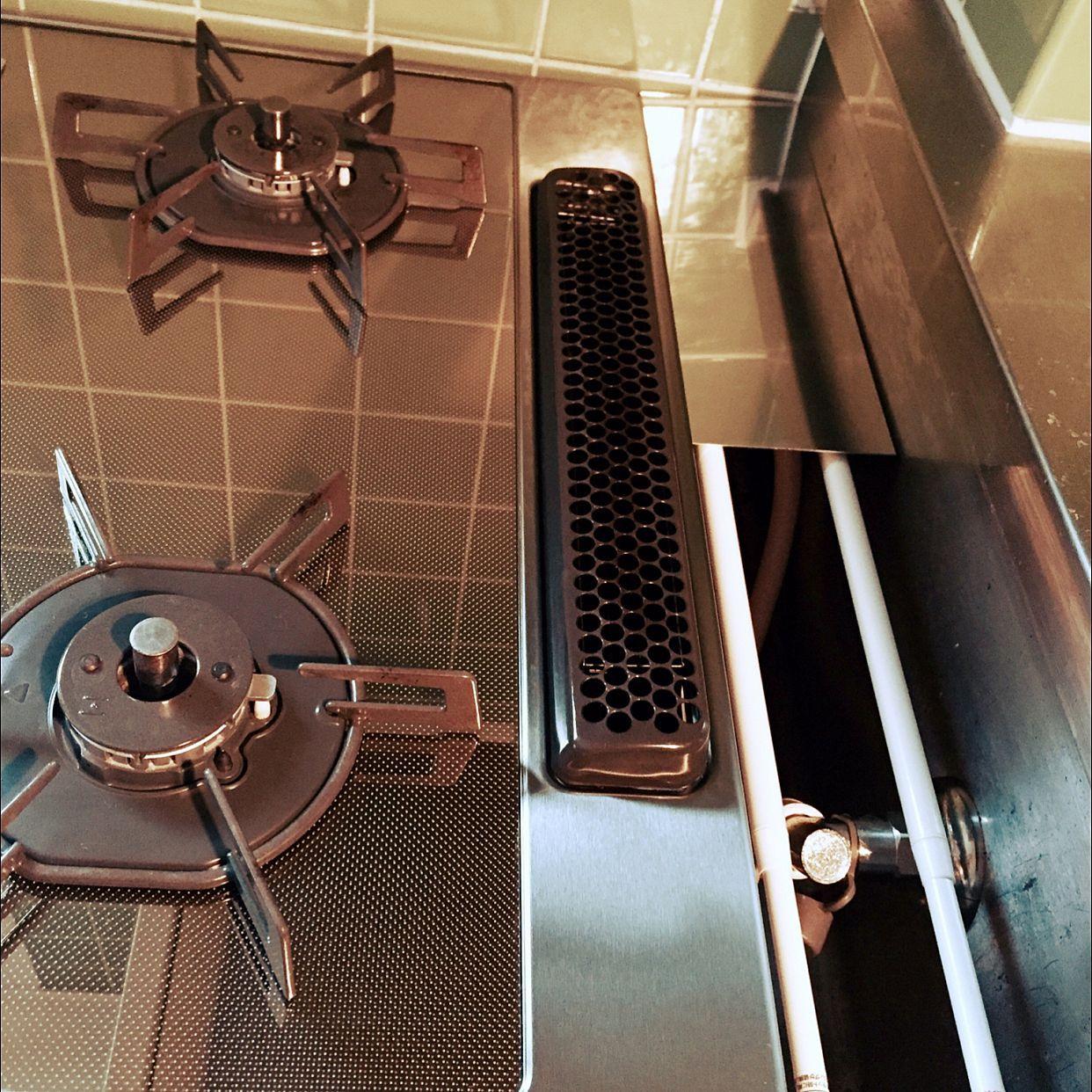 キッチン 賃貸でも諦めない リノベーション物件 コンロの周りは何も
