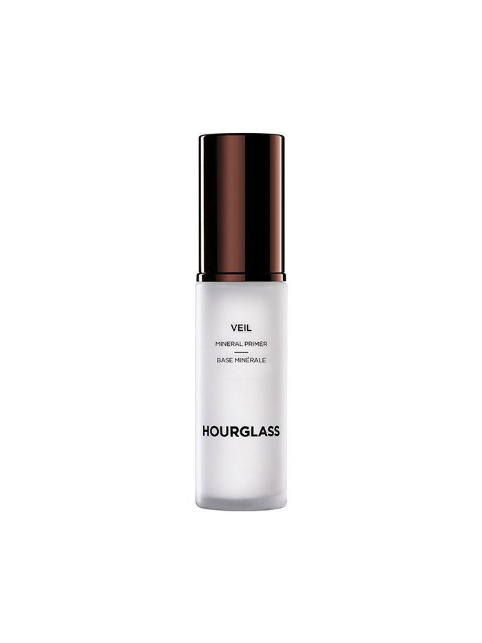 5 Sweatproof Primers To Keep Your Face Intact This Summer Via Byrdiebeautyau Makeup Primer Sweat Proof Makeup Best Makeup Primer