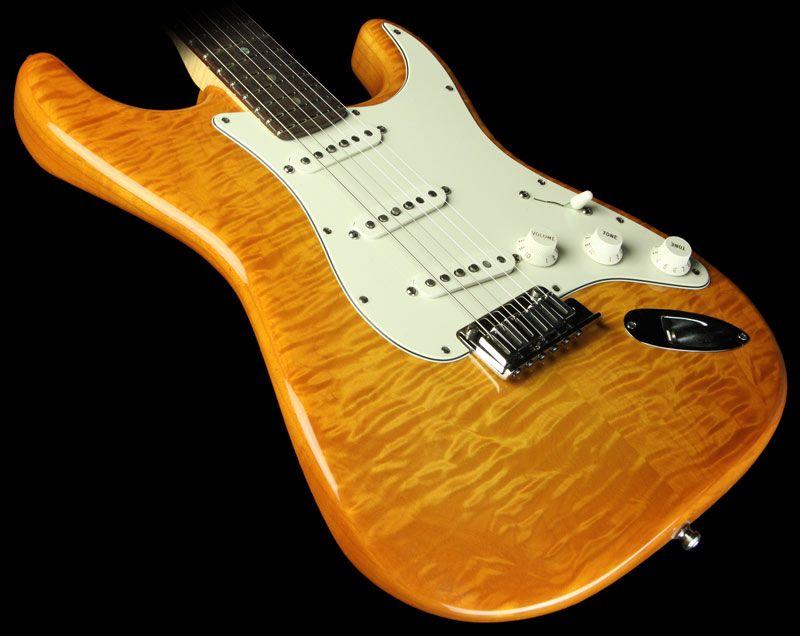Fender Custom Shop Custom Deluxe Stratocaster Electric Guitar Honey Burst