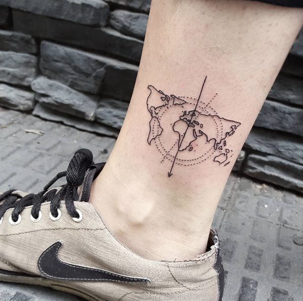 45 inspirational travel tattoos that are beyond perfect tatuajes world map tattoo by isabel barcelona gumiabroncs Gallery