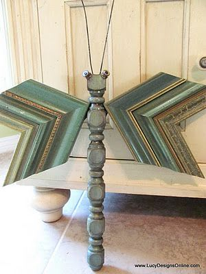 Here's a whimsical craft our custom framer friends could create with old corner samples and a table leg - cute!