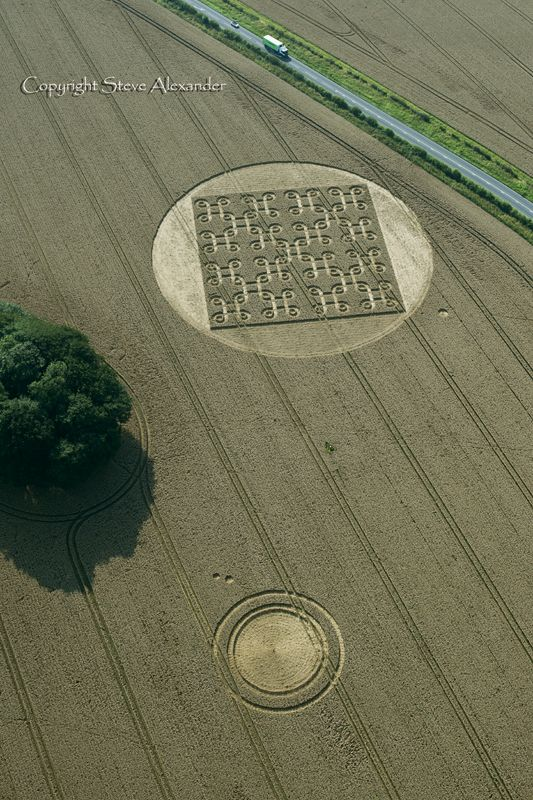 Latest Crop Circle Images 2012 - Photography by Steve Alexander http://www.temporarytemples.co.uk/imagelibrary/index.html