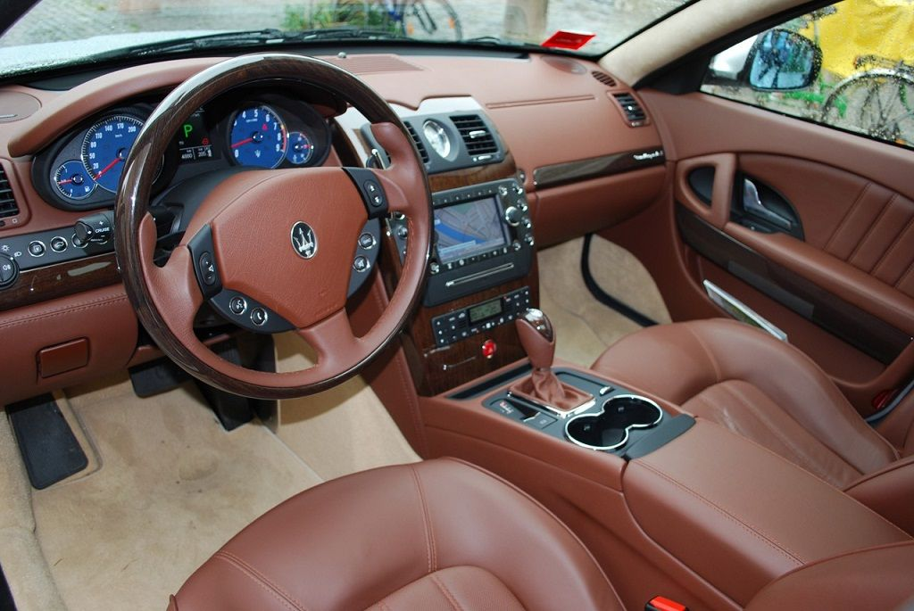 Maserati interior colors