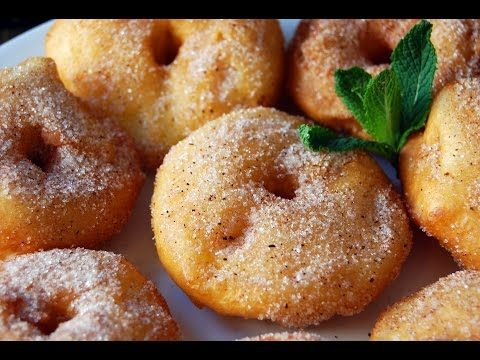 Riquísimos buñuelos caseros de manzana