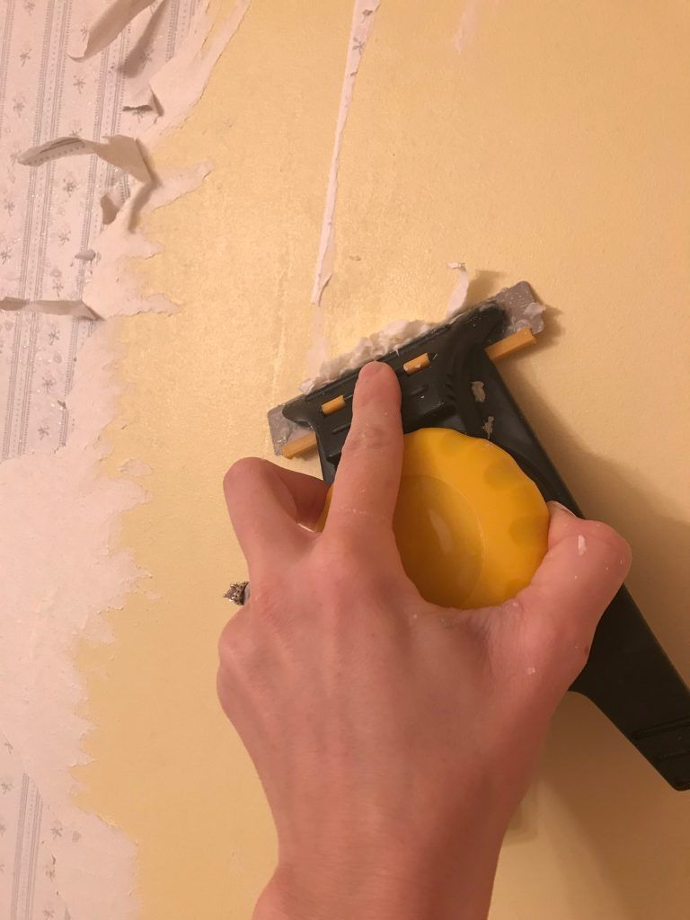 How To Remove Wallpaper Easy Diy Home Improvement Diy Wallpaper How To Remove