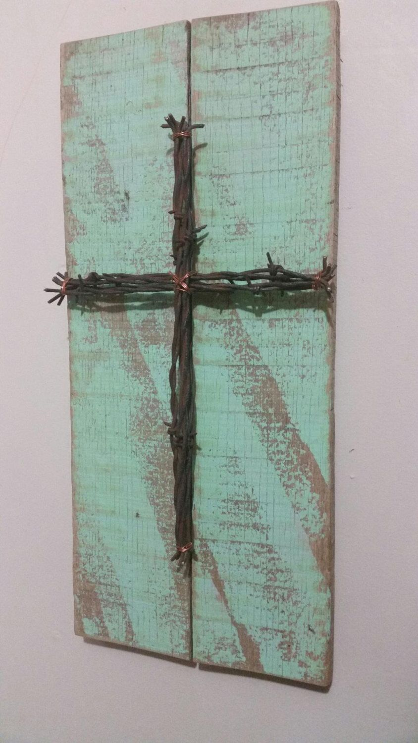 Reclaimed Pallet Wood Sign with Barbed Wire Cross. Upcycled Recycled ...