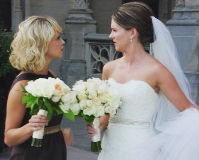 Becca Tobin with her sister Jessica Grozine