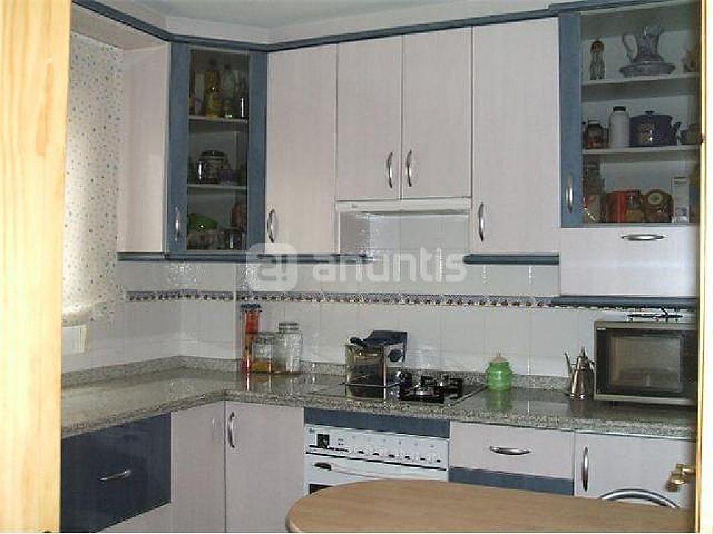 Muebles de cocina esquineros muebles clasicos cocinas for Con que limpiar los armarios de la cocina