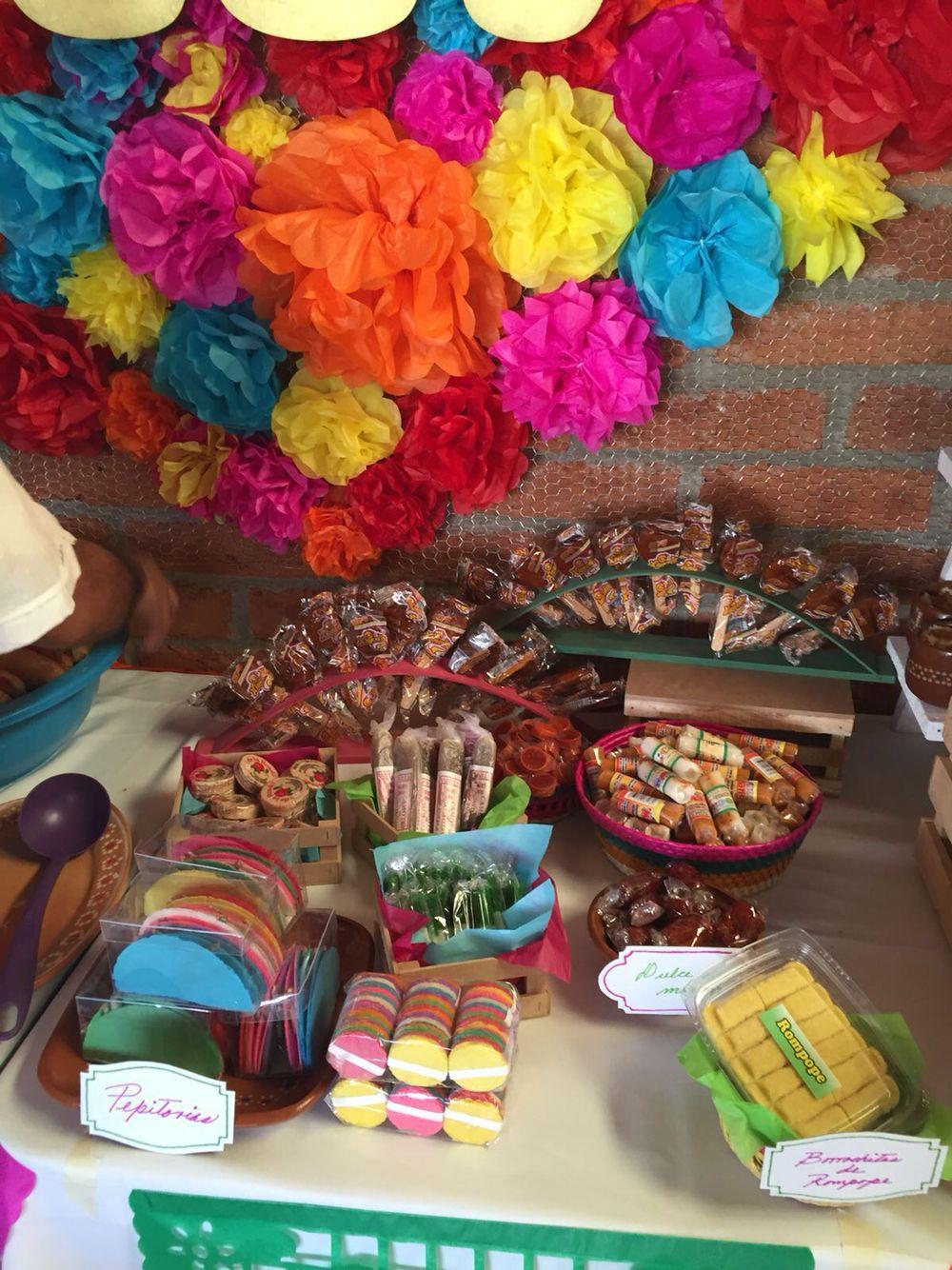Mesa de dulces baby shower mexicano de martina fiesta for Decoracion mexicana