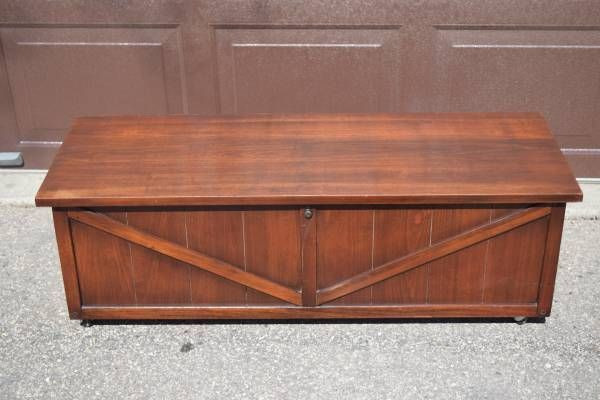 Cedar Chest Lane Furniture Company Made 01 15 79
