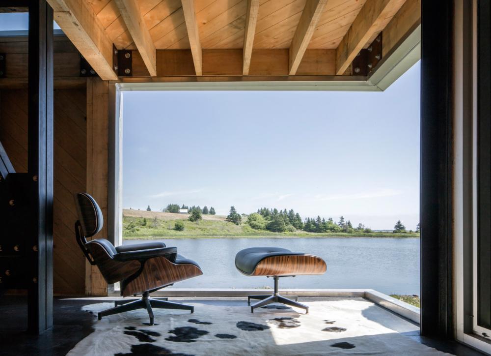 MacKay-Lyons Sweetapple elevates cabin in Nova Scotia on ...