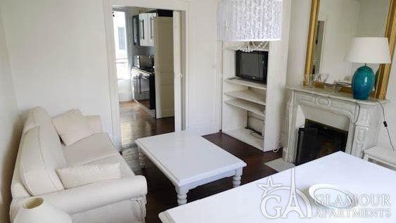 Nice Furnished One Bedroom Apartment At Rue De Vintimille 9th Paris District Appartement Meuble Vintimille