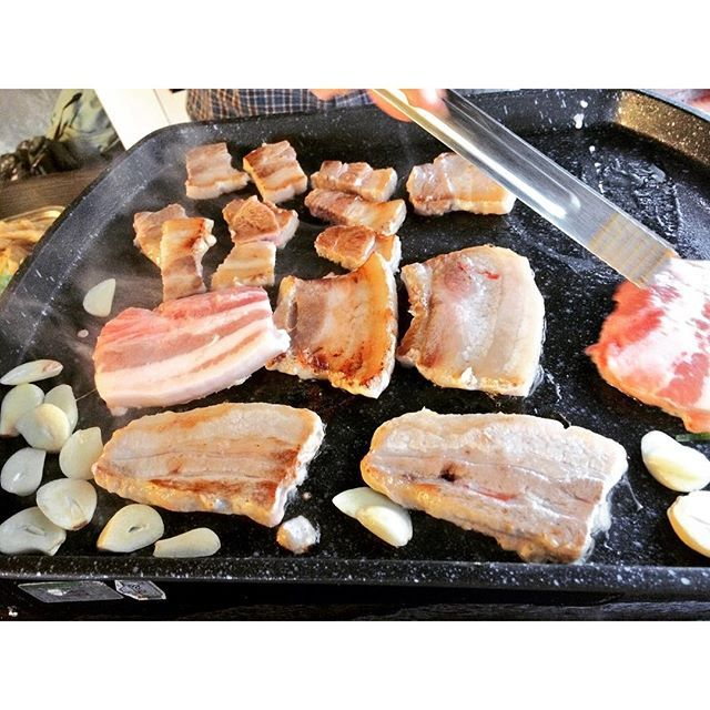 #고기 #삼겹살 #저녁 #밥 #무한리필 #신림 #맛있어 #먹방 #먹스타그램 #신림 #서울 #한국 #韓国 #肉 #豚肉 #サムギョプサル #おいしい #たべすたぐらむ #食べ物 #ソウル #新林 #食べ放題 #夜ごはん #korea #seoul #pork #dinner #buffet #samgyeopsal #shinrim #eatstagram