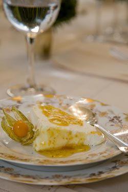 Flan di mascarpone alla salsa di physalis