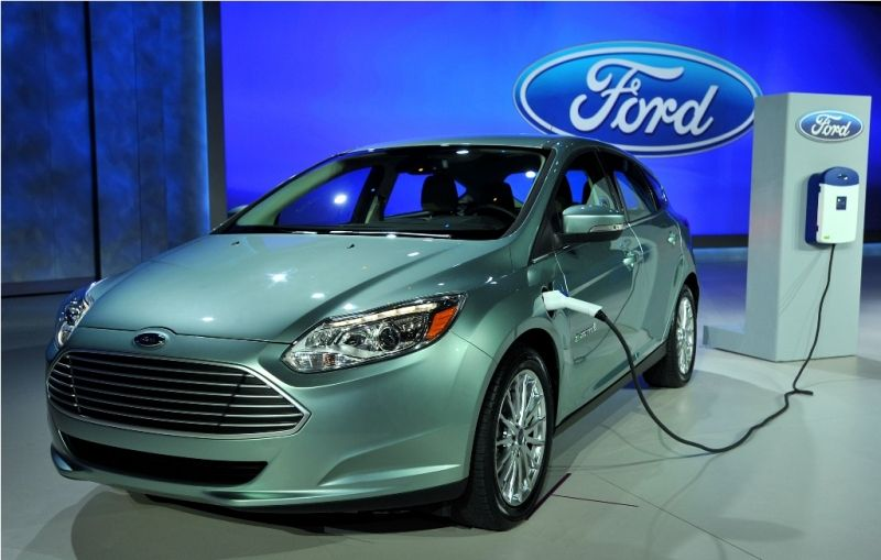 Ford Invests 4 5 Billion Dollars On Electric And Hybrid Cars