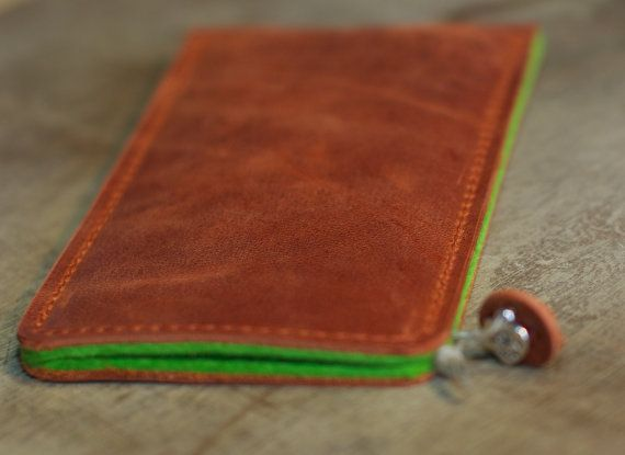 iPhone Organic Leather Sleeve / Case  PAPAYA von filzstueck auf Etsy, $55.00