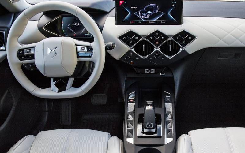 Ds 3 Crossback E Tense La Premiere 2020 In 2020 Suv Car Lease Interior Accessories