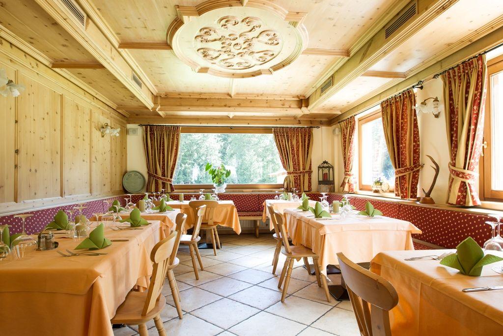 Sala da pranzo   Sala da pranzo, Sala, Ristorante