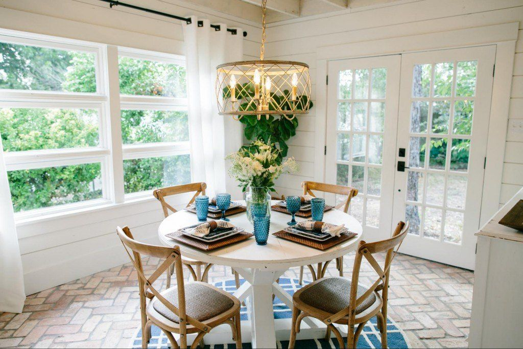 Fixer Upper Season 3 Episode 11 The Beanstalk Bungalow Fixer Upper Dining Room Magnolia Homes Fixer Upper