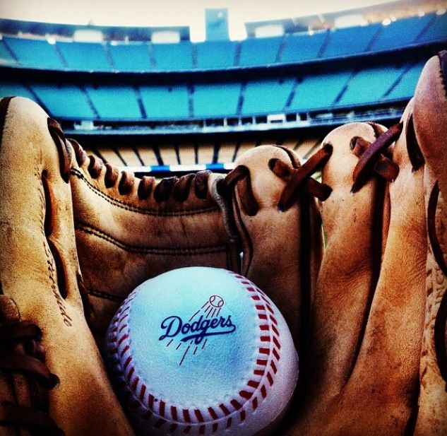 Celebrities At The Los Angeles Dodgers Game In 2020 Becky G Becky Becky G Style