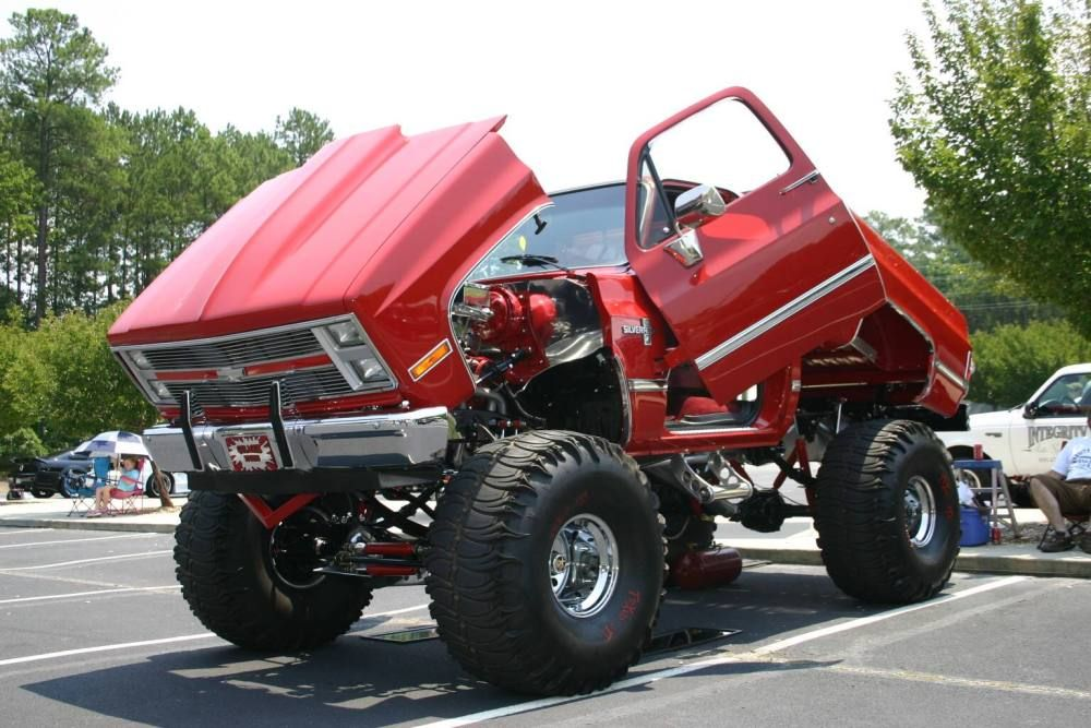 Lifted chevy trucks com lifted chevy trucks for Hillside elevator kit