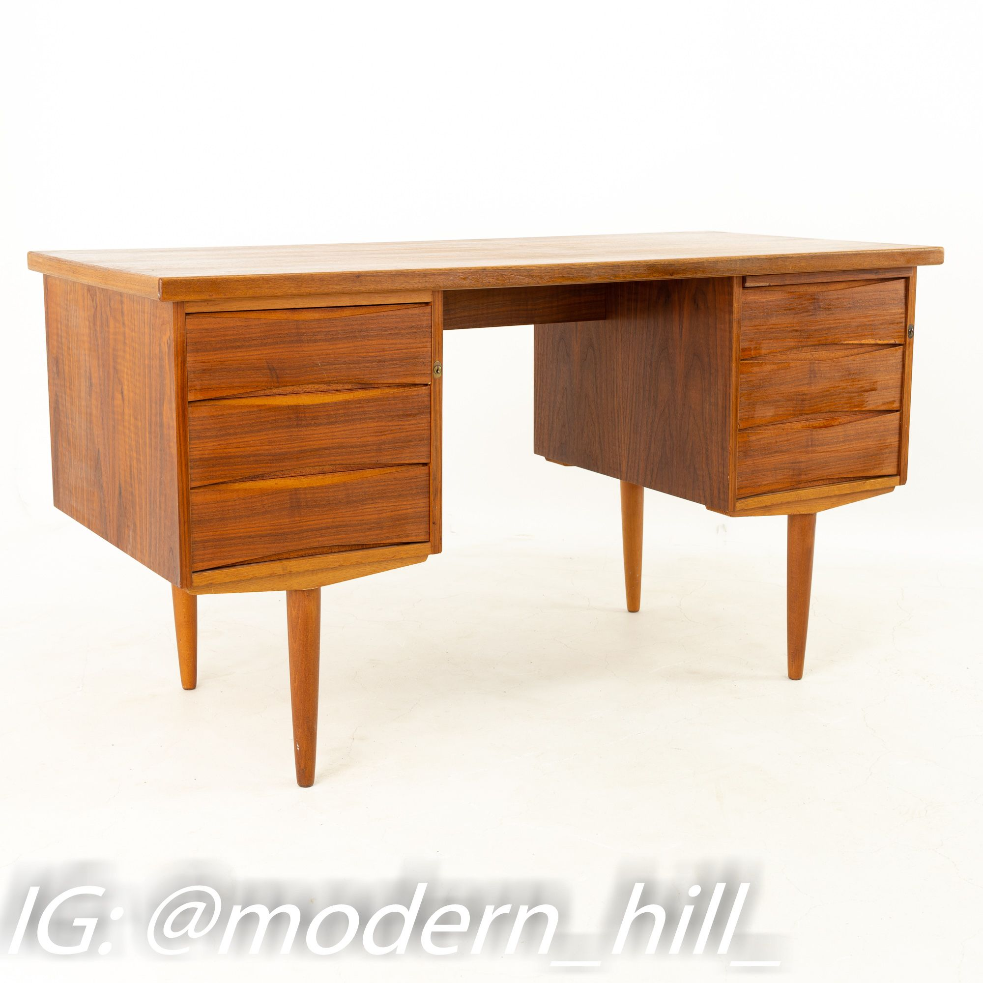 Mid Century Teak 4 Drawer Double Sided Petite Executive Desk In 2020 Mid Century Modern Office Furniture Office Furniture Modern Executive Desk