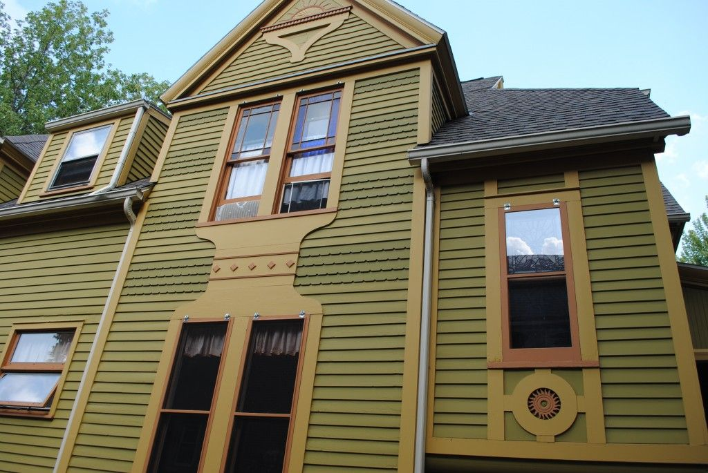 Linden St Rochester Inappropriate Metal Railings Asbestos Siding Covering Victorian Detailing Were Removed The O Historic Home Clapboard Historic Colours