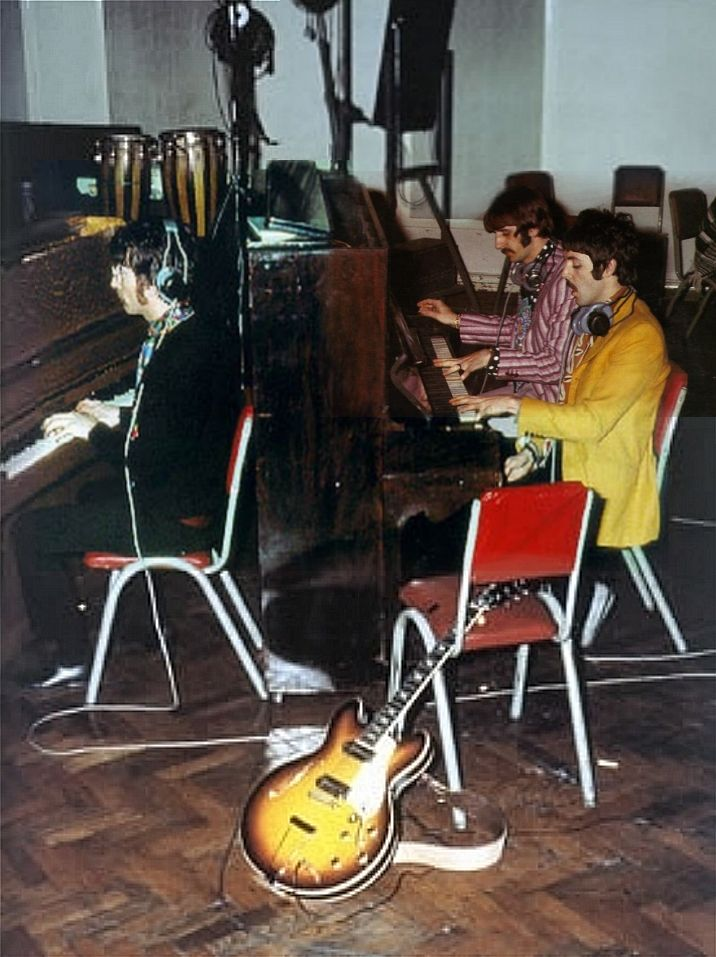 Recording The Final Notes On A Day In The Life The Beatles Sgt Peppers Lonely Hearts Club Band Beatles Photos