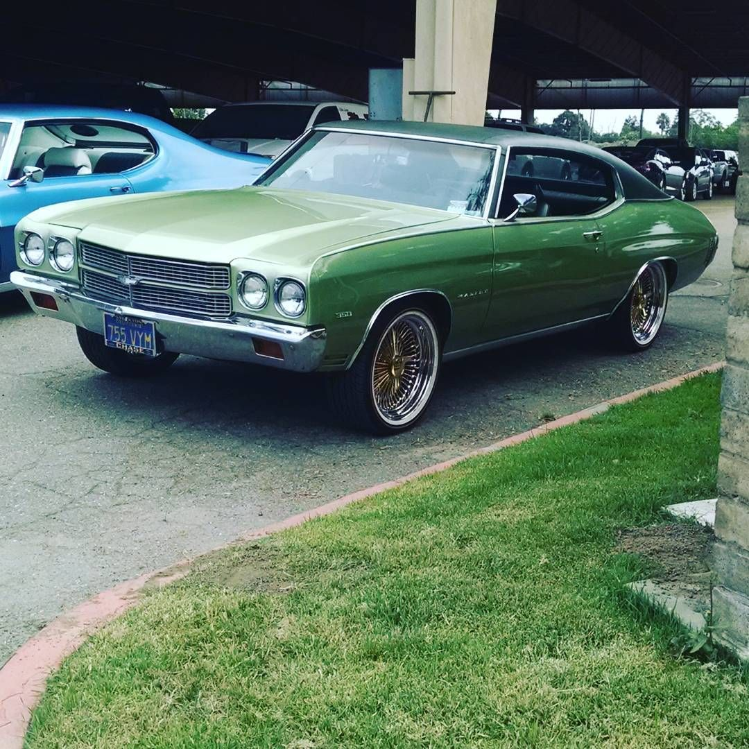 70 chevelle 100 spoke daytons vogues gold spoke green lowrider becausess
