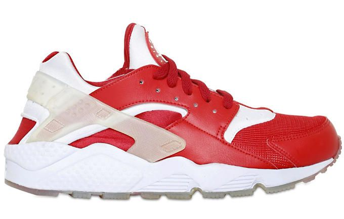 9528b91e272e6 Update  The Best Look Yet at the New Nike Air Huaraches From the ...